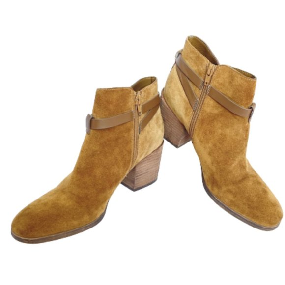 Crown Vintage Gabiann Suede Block Heel Booties - 9